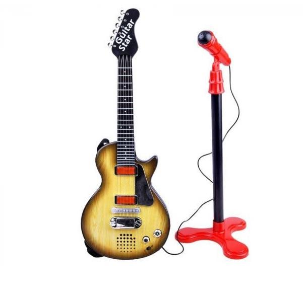Elektrická rocková gitara s mikrofónom: farba dreva