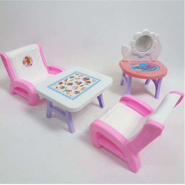Konferenčný stolík s kreslami pre bábiky