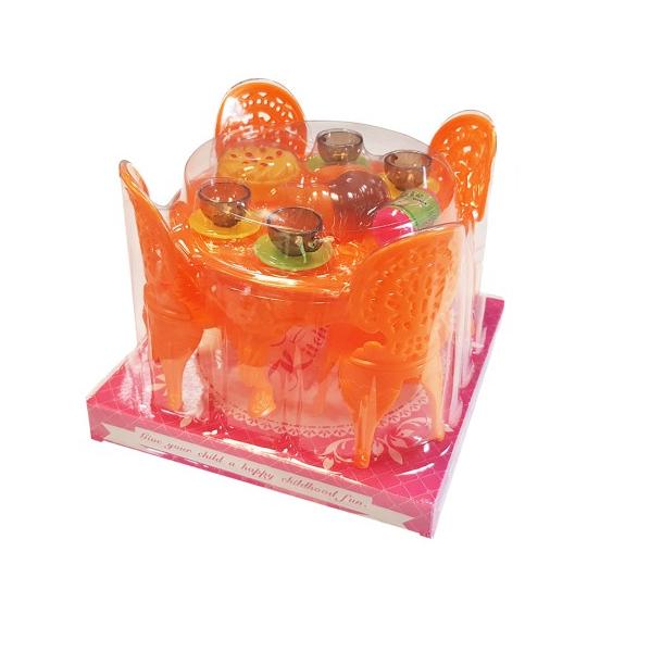 Kuchynský stôl pre bábiky s doplnkami