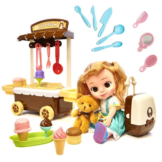 Pojazdný obchod so zmrzlinou a bábikou