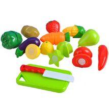 Sada ovocia a zeleniny na krájanie