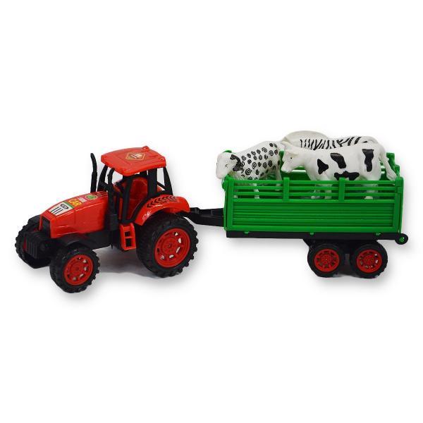 Traktor s vlečkou a domácimi zvieratkami